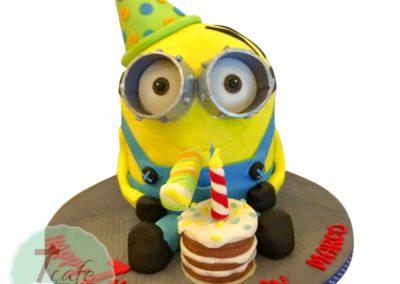 1-layer-fondant-cake-4